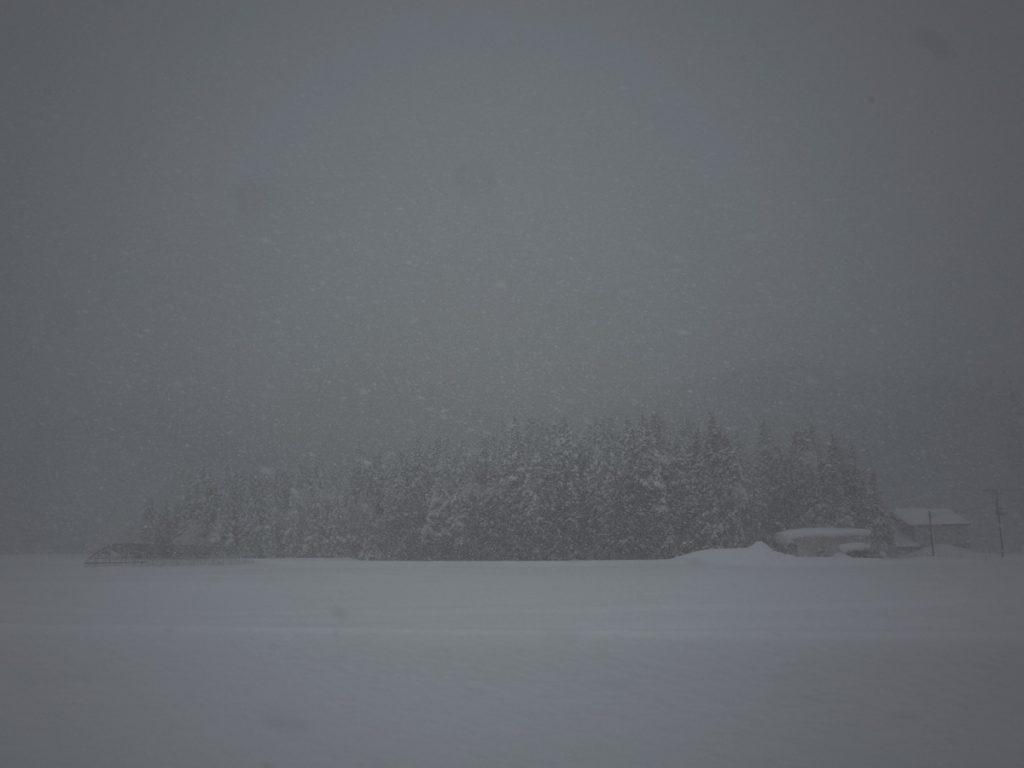 雪は深い そもそもそんなもん